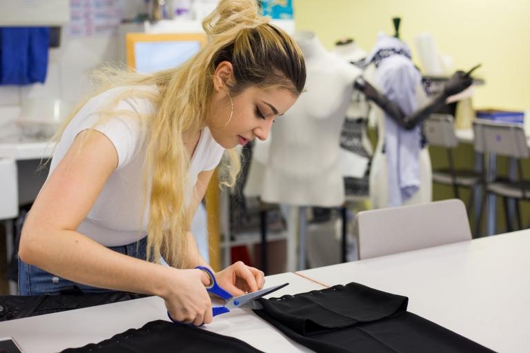 Fashion Charity Work (9)